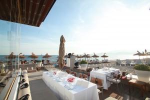 Es wird köstlich, wenn Sie bei uns im Nassau Beach Club feiern. Am Strand, am Meer, unter der Sonne, mit einer leichte Brise auf der Haut, schöne Musik, ein einfach himmlischer Genuss in einmaligem Ambiente.